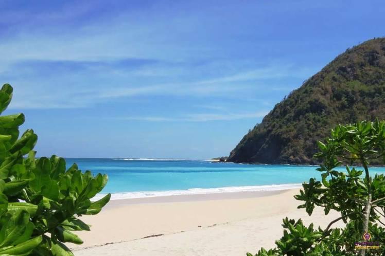 Lombok-Island-beaches.jpg