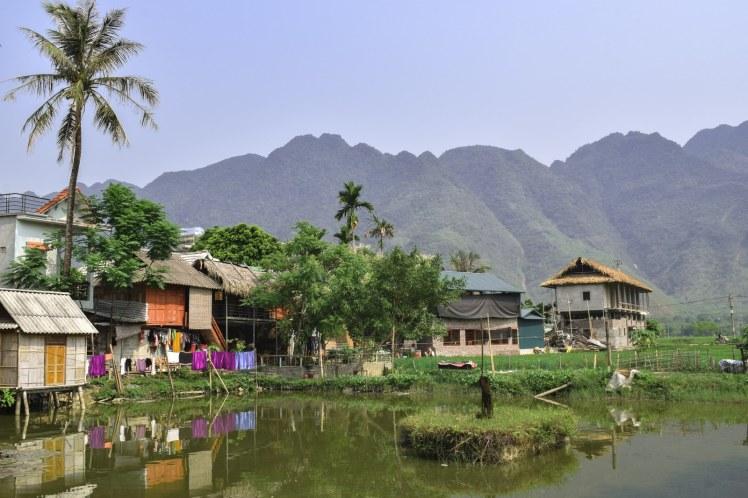 Priveliste satul Lac