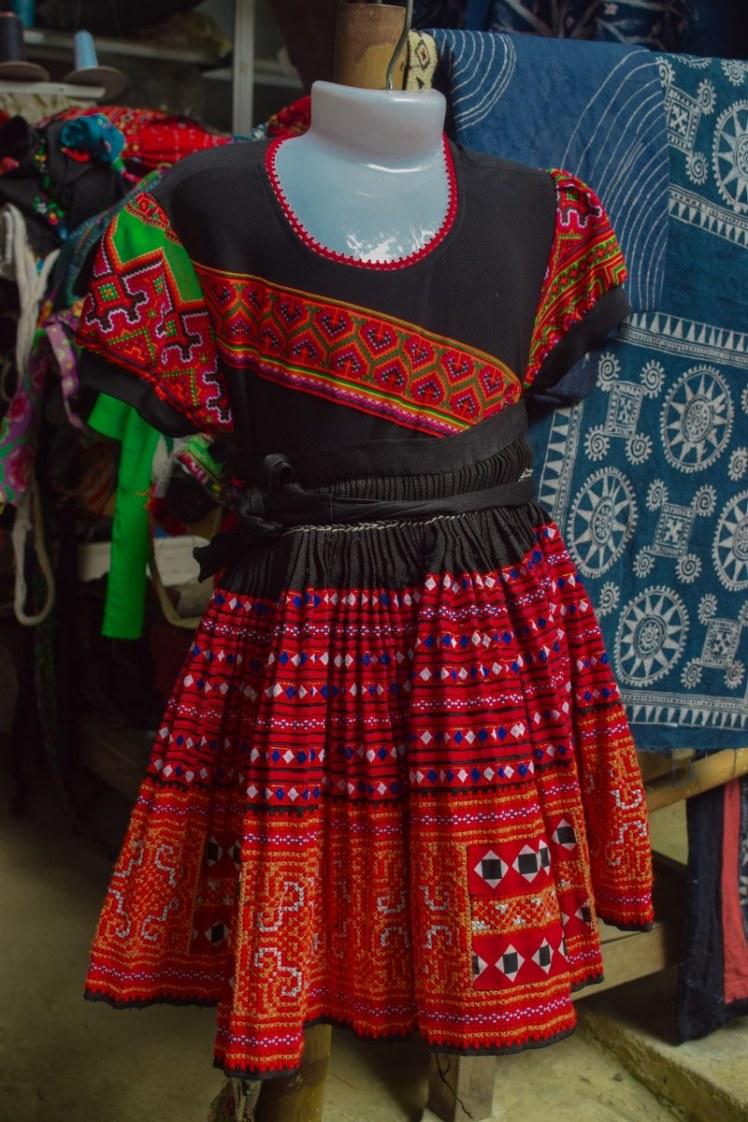 Ținuta tradiționalã pentru femei