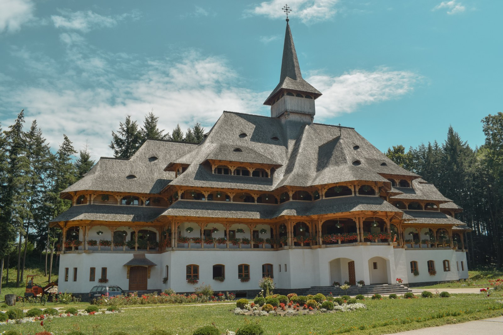 Manastirea Peri din Sapanta